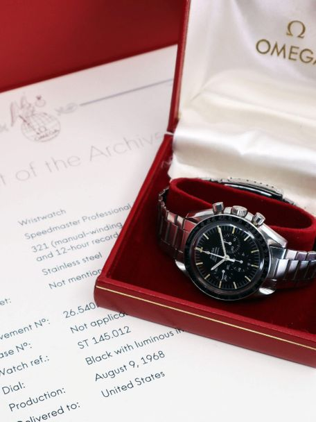 Omega Omega Speedmaster 145.012-67 delivered in United States Omega box and Extract of the Archive