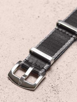 WRIST ICONS Black grey premium seatbelt nato