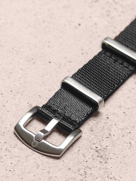 WRIST ICONS Black premium seatbelt nato