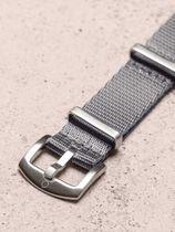 WRIST ICONS Grey premium seatbelt nato