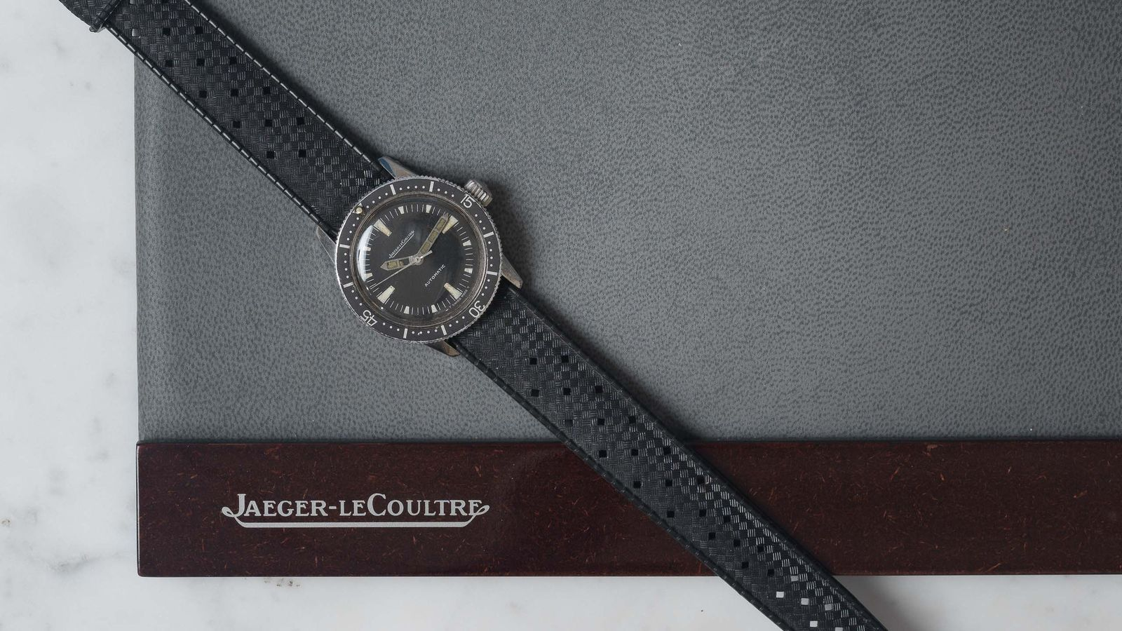 Jaeger Lecoultre Jaeger-LeCoultre Master Mariner Ladies Diver Voguematic Dolphin