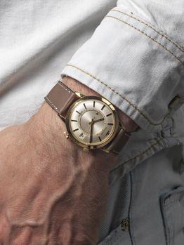 Jaeger Lecoultre Memovox 18 carat gold caliber 855