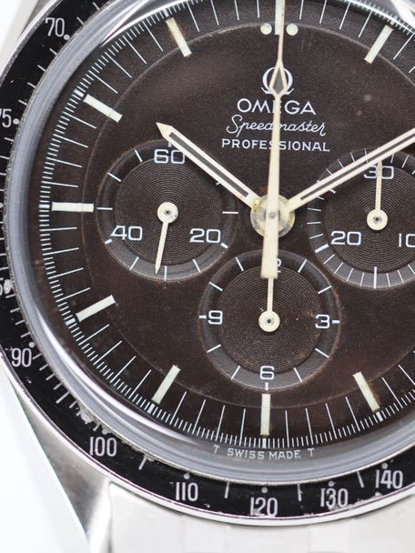 Omega SOLD-Omega Speedmaster 145.022-69 pre-moon tropical Extract of the Archive 1970