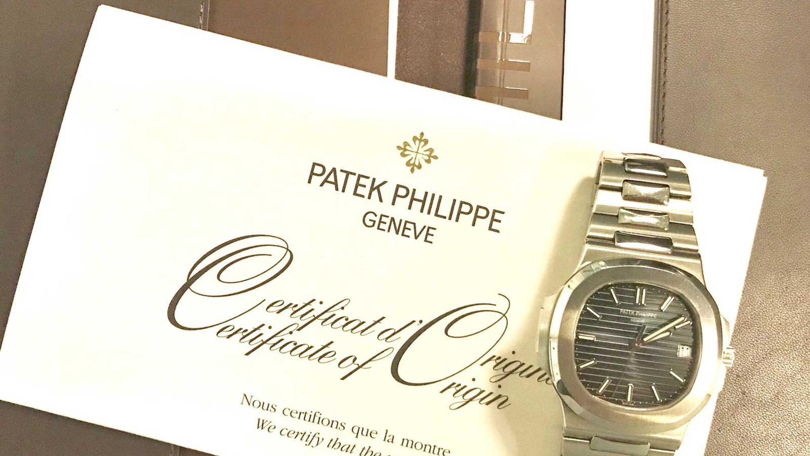 Patek Philippe SOLD-Patek Philippe NAUTILUS 5711/1A