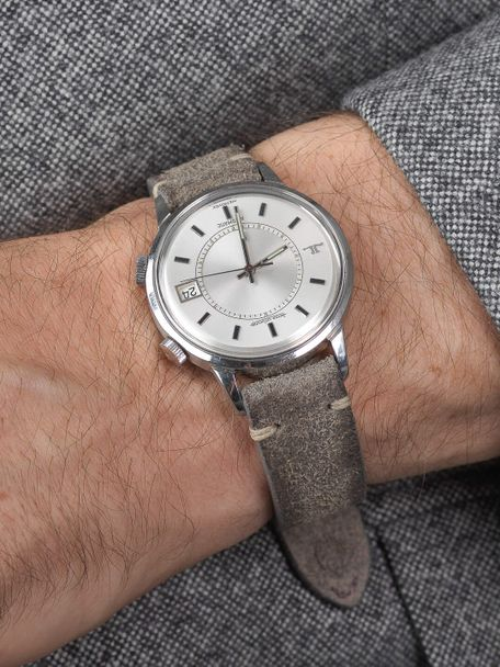 WRIST ICONS Patina grey vintage watch strap