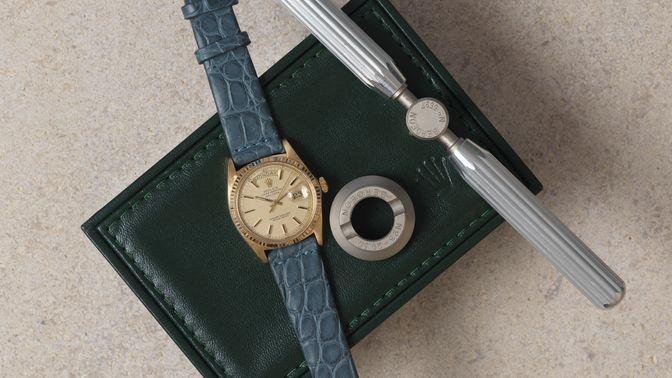 Rolex Rolex Day Date 1803 pie-pan dial with a leather strap