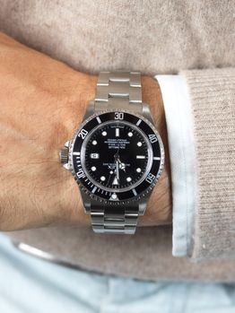 Rolex SOLD-Rolex Seadweller 16600 box and papers